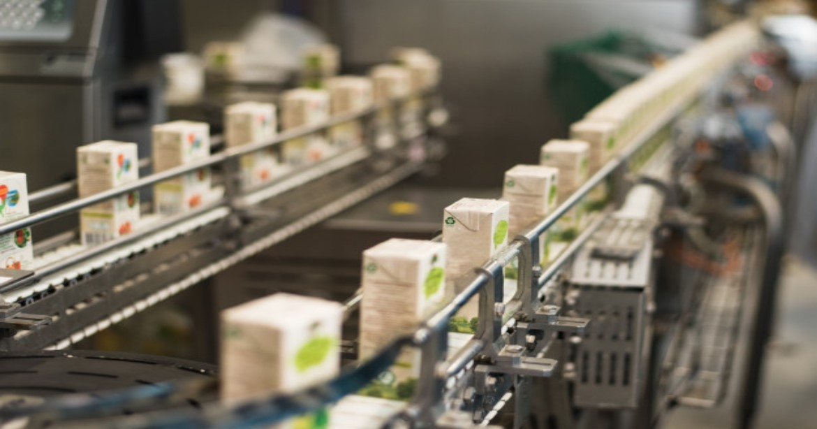 Reviving the Food & Beverage Industry with an Innovative Technological Service Model
